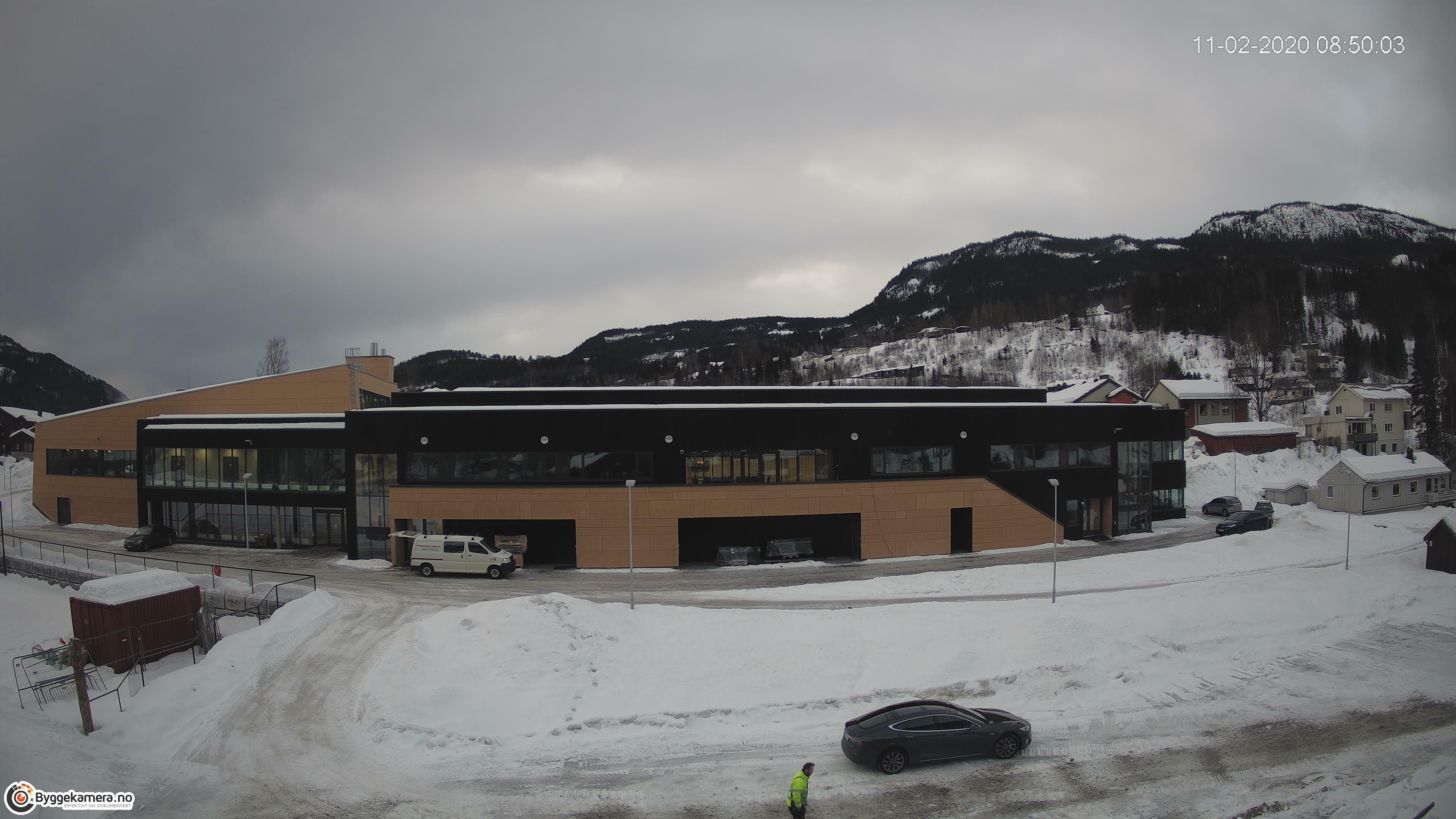 Sør-Aurdalshallen i Bagn i Valdres bygges av Sanne og Hauglid A/S med underentreprenører